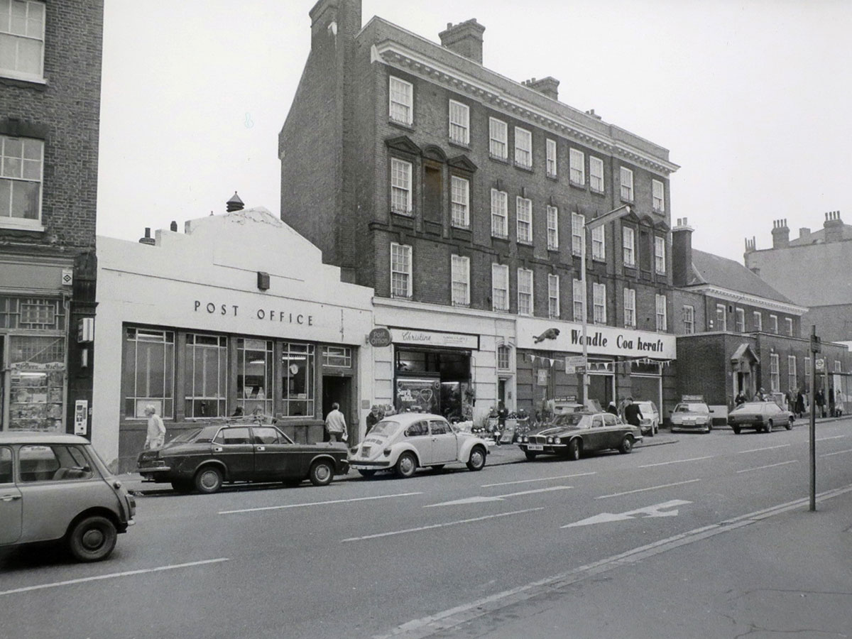 A black & white photo of Herne Hill showing the former Post Office