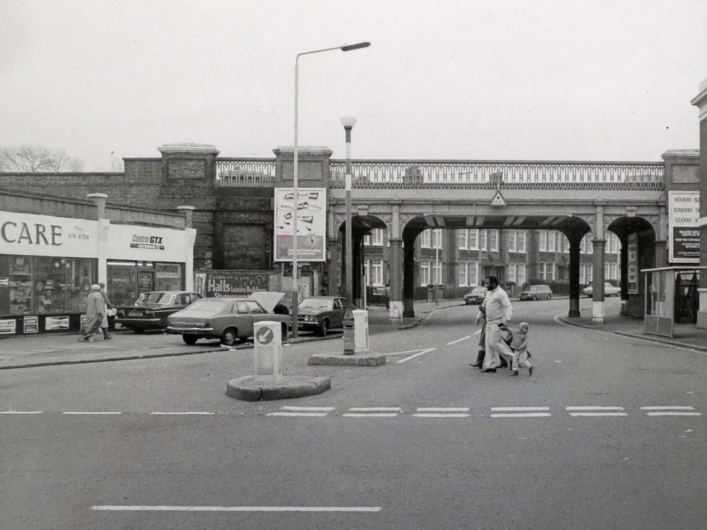 A black & white vintage of Croxted Road in Herne Hill, SE24