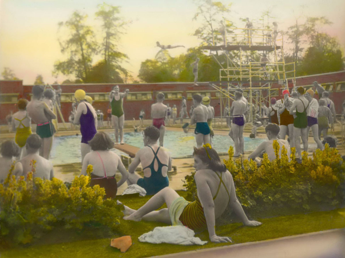 Hand tinted vintage photo of Brockwell Lido near Herne Hill