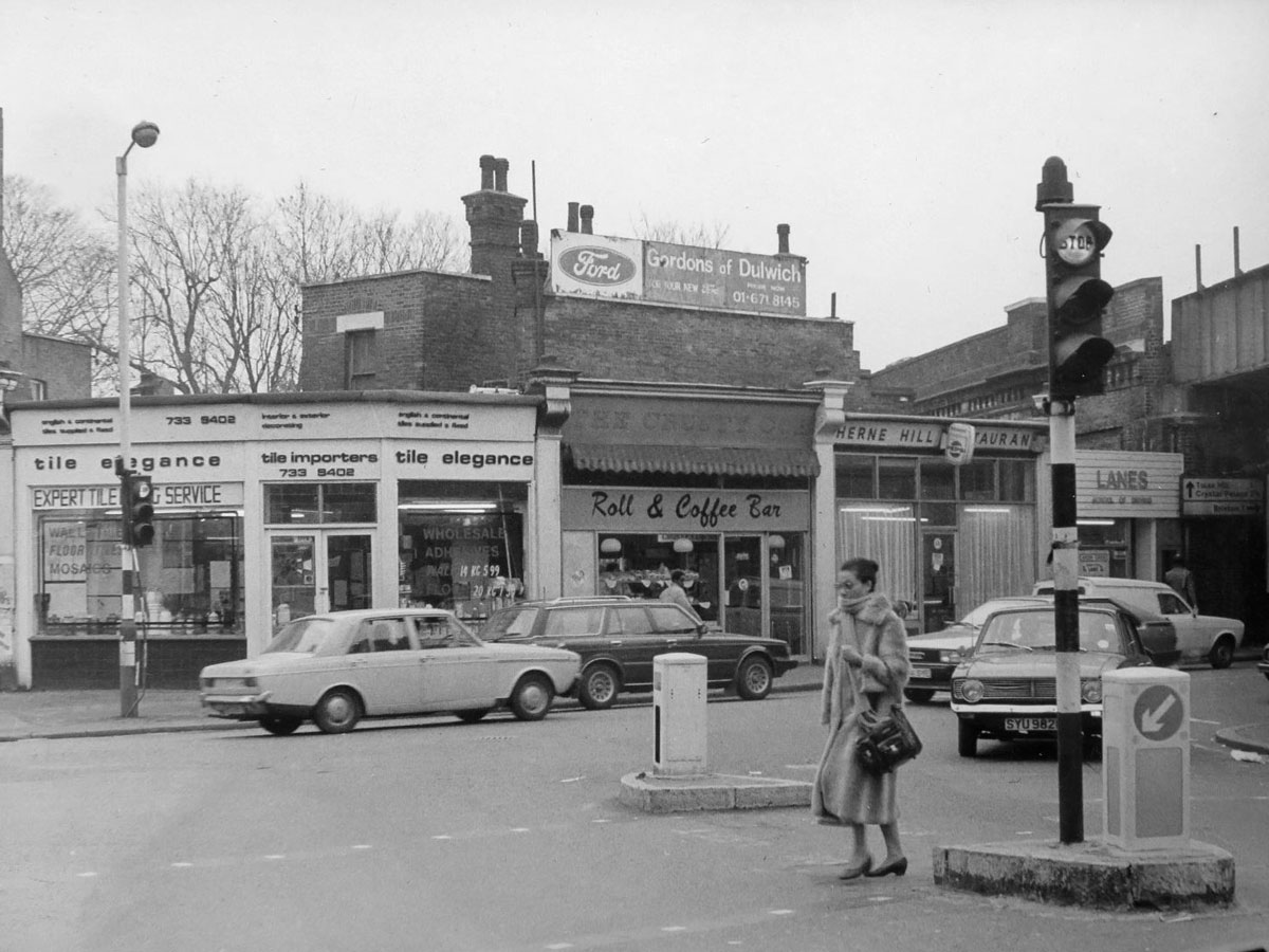 A vintage photographs of the junction in Herne Hill in the 1980s